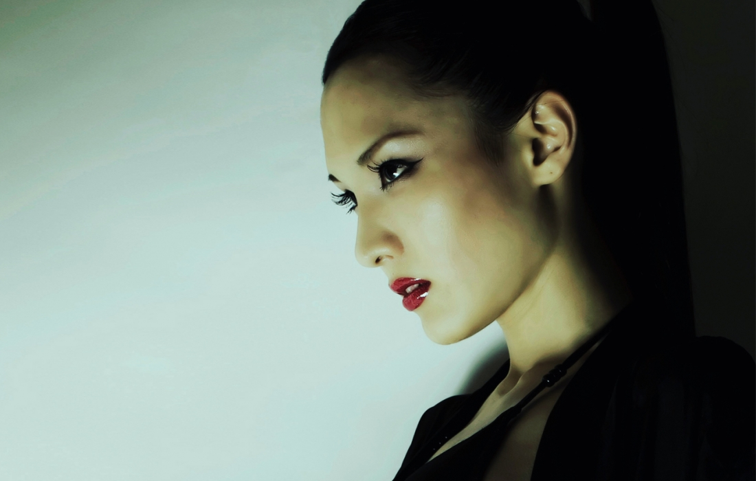 Japanese Female DJ HILOCO aka neroDoll / House Techno Techhouse EDM 日本の女性DJ